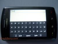 BlackBerry_Thunder_new_spy_pics-200-200.jpg
